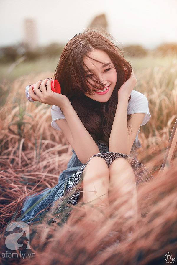 Gặp cô gái xinh đẹp có chiếc răng khểnh làm chao đảo cộng đồng mạng
