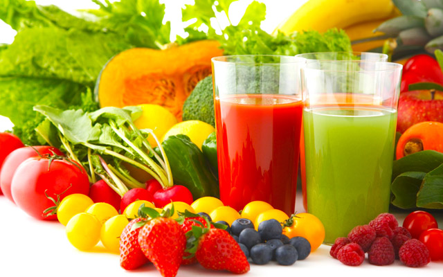 Táo - với hàm lượng cao các chất chống oxi hóa, đường và magie, táo cũng giúp thúc đầy và hỗ trợ cho quá trình giải độc tự nhiên của cơ thể.