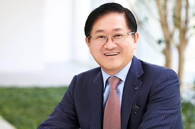 Tỷ phú Forbes giàu thứ 2 Hàn Quốc Suh Kyung-Bae.