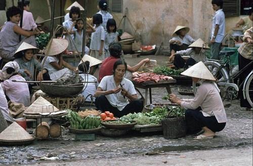 Các khu chợ cóc phân bố khắp nơi