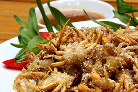 Cua đồng là món ăn ngon được rất nhiều người ưa chuộng.