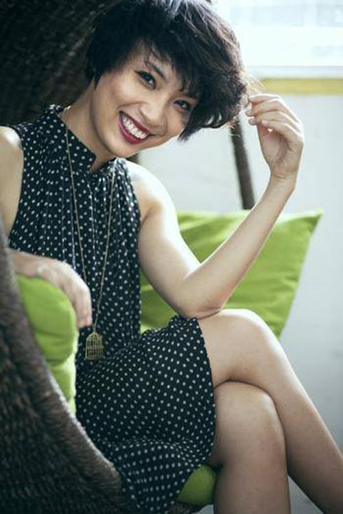 Thùy Minh được biết đến là một mẫu người phụ nữ hiện đại, có lối sống phóng khoáng, cá tính và mạnh mẽ.