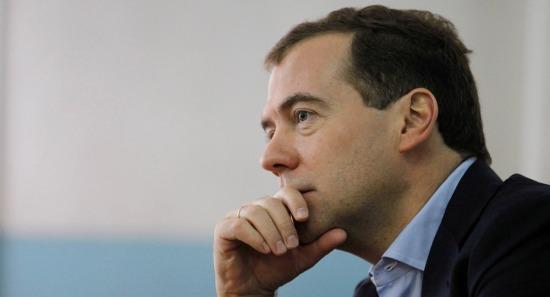 """Thủ tướng Dmitry Medvedev đã ra lệnh """"phản đòn"""" trừng phạt của EU."""