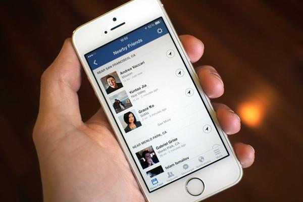 Thông báo nếu có bạn bè của bạn đang ở gần được gửi tới ứng dụng Facebook trên di động.