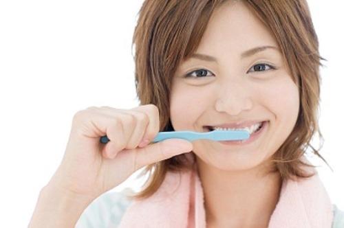 Những sai lầm khi đánh răng, rửa mặt mà bạn chớ mắc phải.
