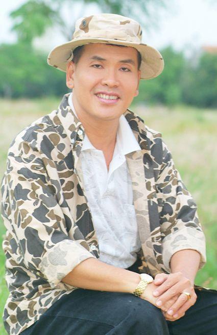 Nghệ sĩ hài Hữu Nghĩa.