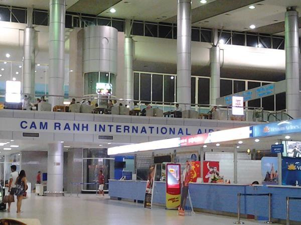 Cam Ranh là một trong những cảng hàng không quốc tế lớn nhất Việt Nam.