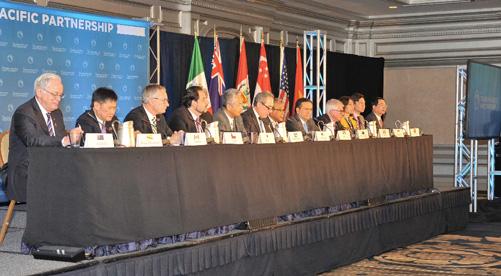 Bộ trưởng Thương mại các nước tham gia đàm phán TPP họp báo chung tại Atlanta ngày 5/10. Ảnh: Thanh Tuấn - P/v TTXVN tại Mỹ