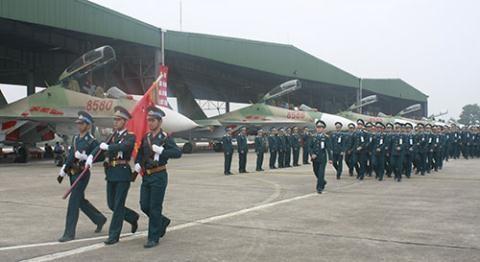 Viet Nam do them hang nong cho tiem kich Su-30MK2