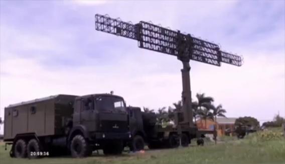 Hệ thống RV-02 tích hợp trên 2 xe thiết bị được thiết kế riêng để đảm bảo tính cơ động, trong đó chỉ có 2 xe ô tô và một số thiết bị cơ sở được nhập khẩu, còn lại, Viện Kỹ thuật Quân sự PK-KQ phối hợp cùng các đơn vị khác chủ động thiết kế và chế tạo, từ cơ khí đến phần mềm.