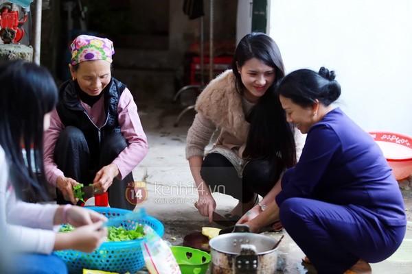 Khánh Chi cùng chồng về dự đám cưới anh trai Công Vinh 10