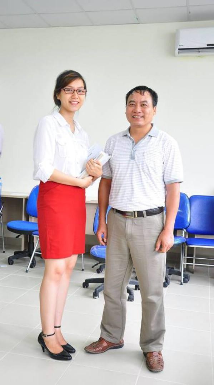 """Không những có thành tích học tập tốt, Hương còn sở hữu chiều cao 1m70  và thân hình """"chuẩn""""."""