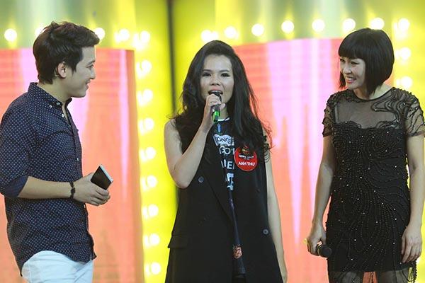 Trường Giang - Phương Thanh giao lưu cùng các thí sinh.