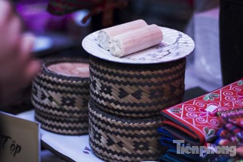...và cơm lam của người Thái ở Sơn La