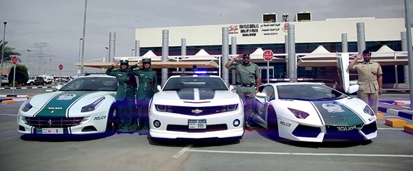 Dàn siêu xe của lực lượng cảnh sát ở Dubai khiến biết bao người phải thèm thuồng.