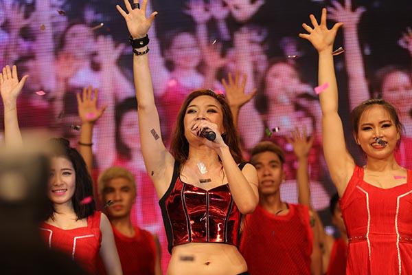 Những khoảnh khắc thăng hoa trên sân khấu của Mỹ Tâm khiến cho nhiều nhớ lại những giây phút khó quên trong liveconcert Heartbeat.