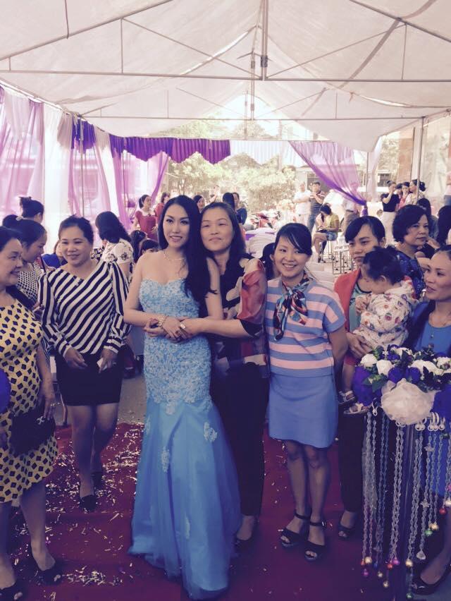 Những khoảnh khắc xinh xắn, dịu dàng, hiền hòa này của Phi Thanh Vân được lòng rất nhiều người hâm mộ.