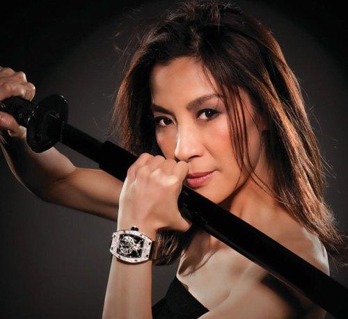 U60 Dương Tử Quỳnh cũng là một trong những đả nữ xuất sắc nhất của màn ảnh Hoa ngữ. Nữ diễn viên gốc Malaysia đã có những pha chiến đấu đẹp mắt trong Ngọa hổ tàng long, Kiếm vũ, Vịnh Xuân.