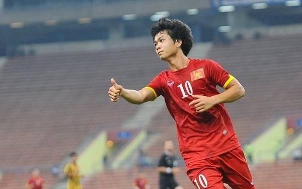 Ngay sau khi được phía HALG đồng ý cho sang Nhật thi đấu, Công Phượng cũng được HLV Miura gọi bổ sung vào ĐT Việt Nam.