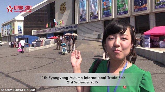 Những gì mà nhiếp ảnh gia Aram Pan chứng kiến ở hội chợ đã khiến ông khá bất ngờ. Nhiếp ảnh gia Aram Pan chia sẻ, được tháp tùng bởi một hướng dẫn viên Triều Tiên họ Kim, ông đã tham quan Hội chợ Thương mại Quốc tế Mùa thu ở Bình Nhưỡng lần thứ 11 được tổ chức vào cuối tháng trước. Năm ngoái ông Pan cũng tham dự hội chợ này.