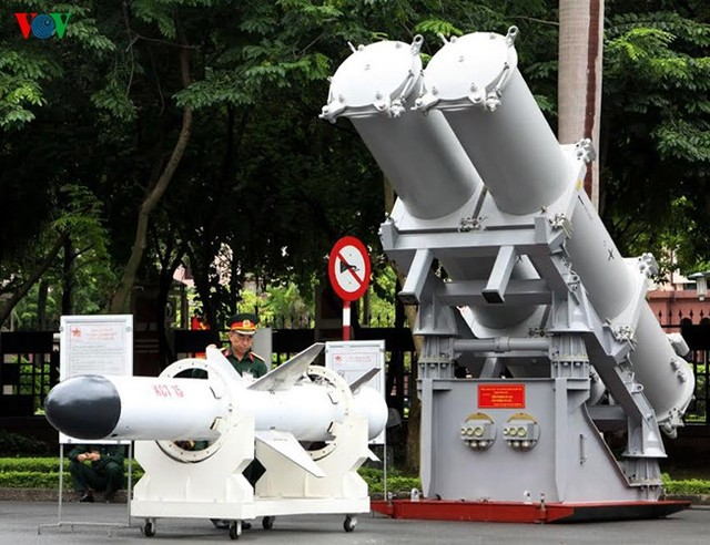 Tên lửa chống hạm KCT 15 do Việt Nam sản xuất. Ảnh: VOV