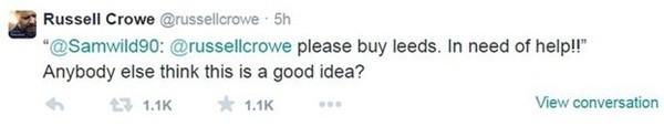 """""""Xin hãy mua Leeds. Chúng tôi cần sự giúp đỡ!!!"""" CĐV Leeds cầu cứu Crowe trên Twitter."""