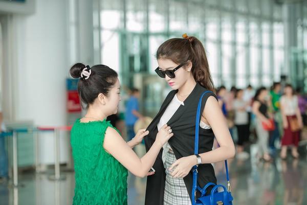 Vào dịp Tết Nguyên đán vừa qua, gia đình á hậu đã có kế hoạch đi du lịch Thái Lan nhưng do không thể đặt được vé nên chuyến đi đã bị hoãn lại.