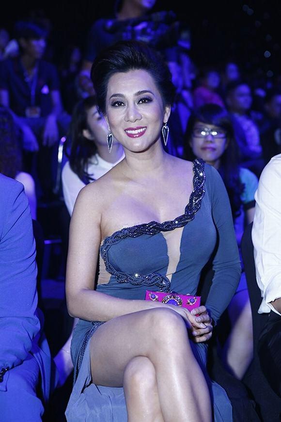 Nguyễn Cao Kỳ Duyên, vẻ đẹp sexy
