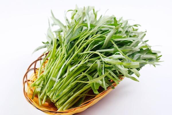 100% rau muống trái mùa có chứa hóa chất kích thích