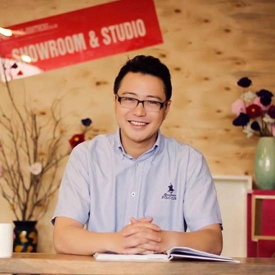 Nguyễn Duy Hải Linh từng có thời gian làm MC chương trình Talk với sao trên sóng VTVCab.