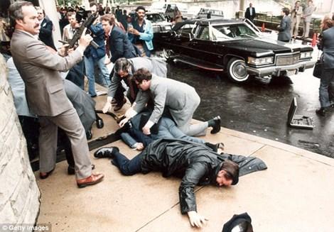 John Hinckley Jr. ám sát bất thành cựu tổng thống Mỹ Reegan