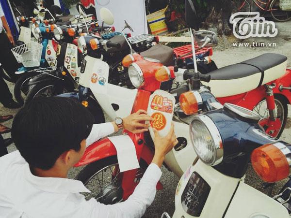 Cả hai quen nhau trong lần đi sinh nhật Vietnam Cub Club lần thứ 5. Trong lúc phổ biến thông tin chuyến đi, Minh Toàn biết được Thanh Hiền không có người chở nên đã xung phong làm tài xế.