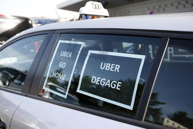 Biểu ngữ chống Uber