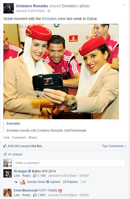 Ronaldo hớn hở khoe ảnh chụp với tiếp viên hàng không xinh như mộng 2