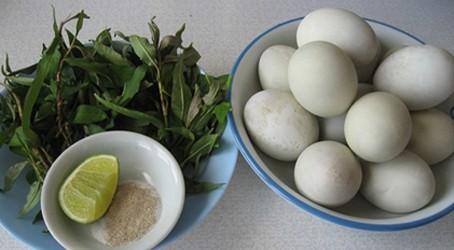 Trứng vịt lộn nên ăn vào buổi sáng. Hình minh họa.