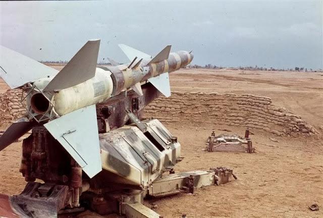 Dù được trang bị nhiều vũ khí thuộc loại hiện đại lúc bấy giờ, phòng không Ai Cập vẫn gần như bất lực. Ảnh: tên lửa S-75.