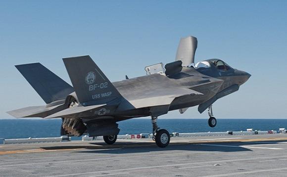 """Việc mang tới 12 - 15 chiếc F-35B sẽ khiến Izumo """"lấn lướt"""" tàu sân bay Liêu Ninh Trung Quốc"""