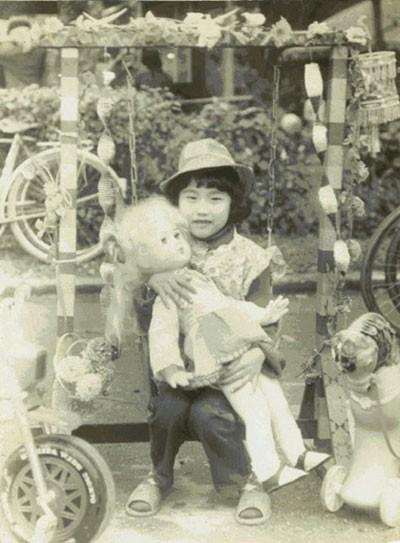Một bức ảnh khác của Phi Thanh Vân chụp khi cô 5 tuổi
