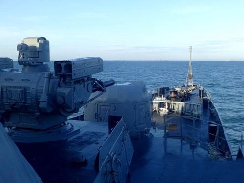 Hệ thống AO-18KD có thể bắn ra 10.000 viên đạn trong 1 phút hoặc 180 viên/giây, đủ sức hạ các loại tên lửa đang lao đến tàu chiến. Thiết kế này tương tự như hệ thống Kashtan - phiên bản trước của Palma, tuy nhiên pháo và tên lửa nhận lệnh từ hệ thống điều khiển hỏa lực quang điện đa kênh 3V-89.
