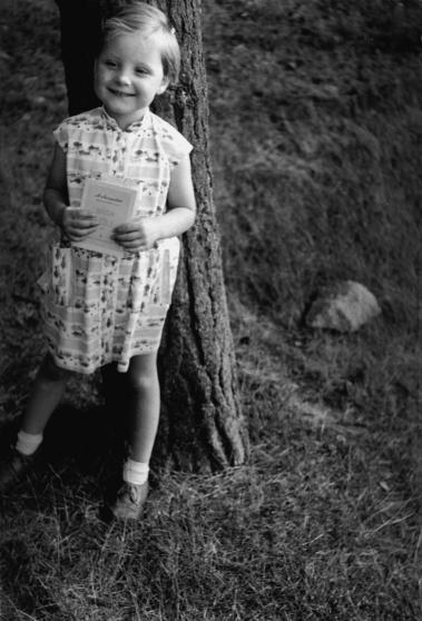 Angela Kasner lúc 3 tuổi