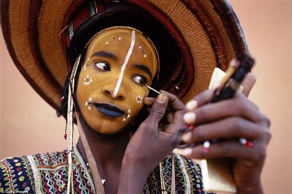 Lễ hội có tên Gerewol, được tổ chức vào tháng 9 hàng năm. Hầu hết đàn ông Wodaabe đều tham dự.