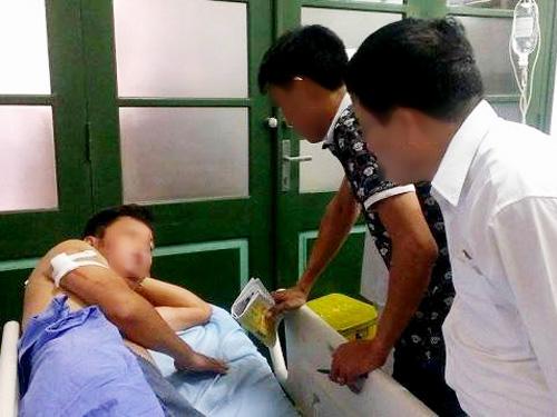 Nhà báo Nguyễn Ngọc Quang nhập viện với 8 vết thương trên người