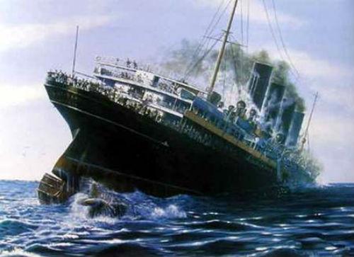 Sau 18 phút, tàu viễn dương Anh Lusitania hoàn toàn chìm xuống đại dươngvà cướp đi mạng sống của 1.198