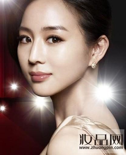 Trương Quân Ninh được sinh ra tại Đức và theo học khoa Luật trước khi trở thành diễn viên.