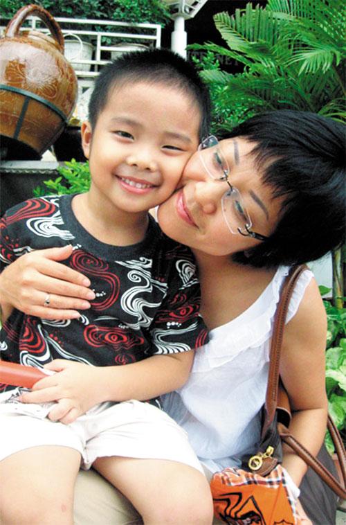 Thảo Vân và cậu con trai Tít