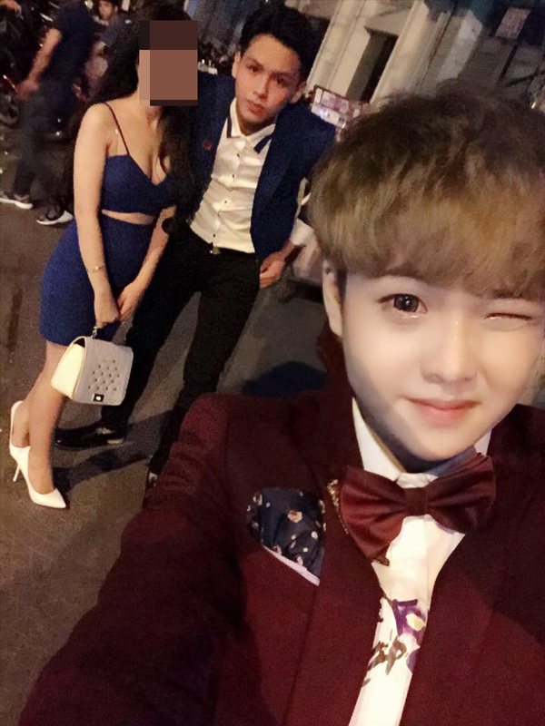 Tấm ảnh Hưng chụp lại trong tiệc sinh nhật của mình có cả người yêu cũ và M.
