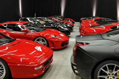 Sửng sốt: Đại gia mất 14 năm mới sử dụng hết 7000 siêu xe của mình - Ảnh 4