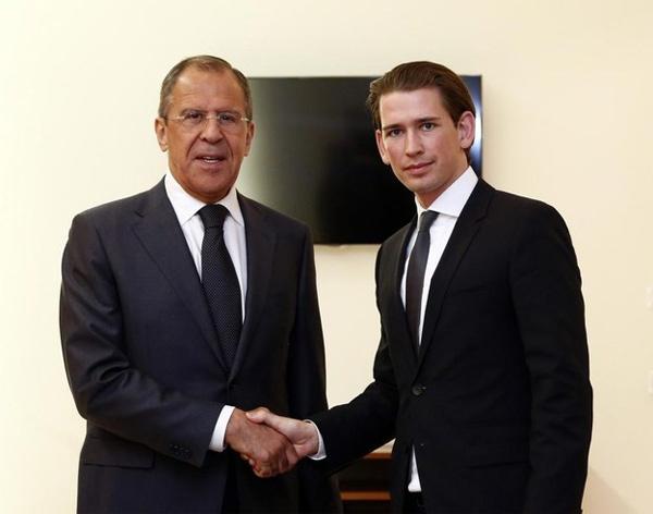 Hai Ngoại trưởng Nga - Áo gặp nhau. Ảnh: @mfa_russia /Twitter