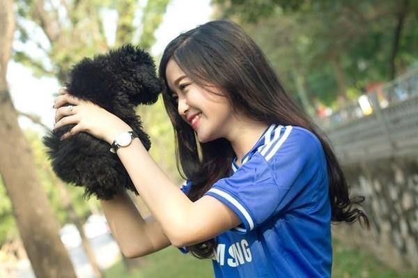 """Á hậu Huyền My: """"Cảm xúc vỡ òa khi được giới thiệu trên fanclub 7 triệu like của Chelsea"""" 5"""