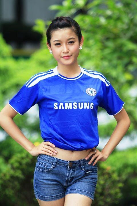 Fanclub Chelsea 7 triệu người like đăng ảnh Á hậu Huyền My 5